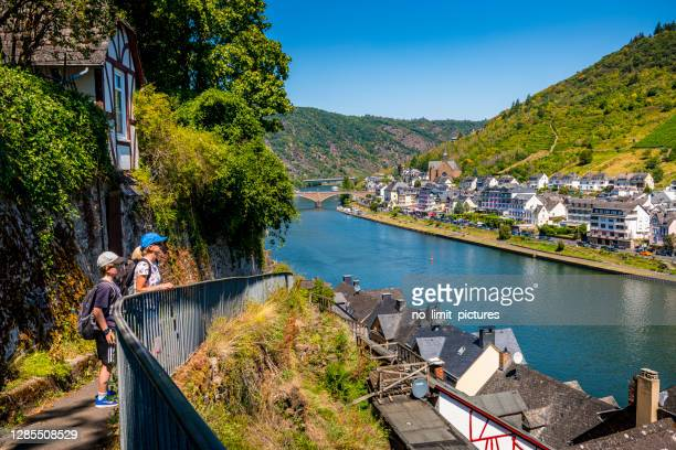cochem at mosel river in germany - moselle imagens e fotografias de stock