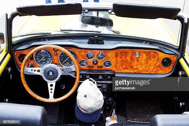 cockpit  and streering wheel of triumph tr6 - triumph motorcycle stock pictures, royalty-free photos & images