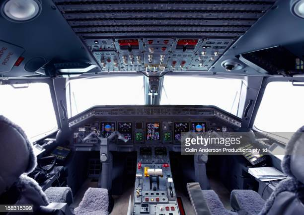 cockpit of jet - cockpit stock pictures, royalty-free photos & images