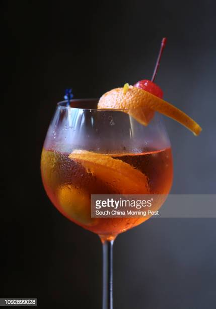 Cocktail Aperol Spritz by Lawrence Sampaga at DiVino in Central 26APR17 Photo Jonathan Wong