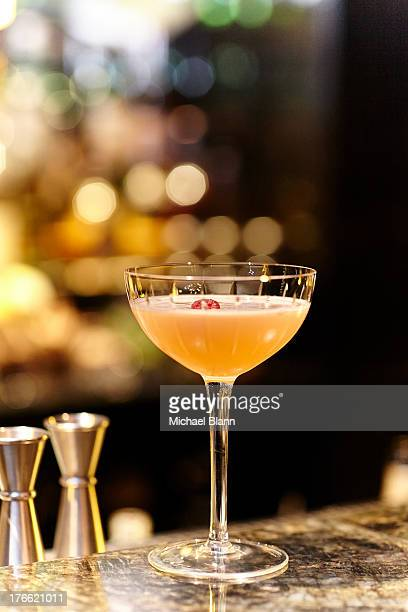 cocktail drink - cocktail party stock pictures, royalty-free photos & images