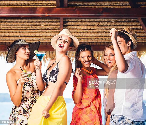 Fiesta de cócteles en la playa
