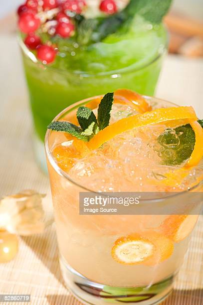 cocktails - crushed leaves stock pictures, royalty-free photos & images