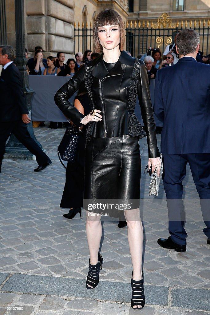 Christian Dior : Outside Arrivals - Paris Fashion Week Womenswear Spring/Summer 2015 : News Photo