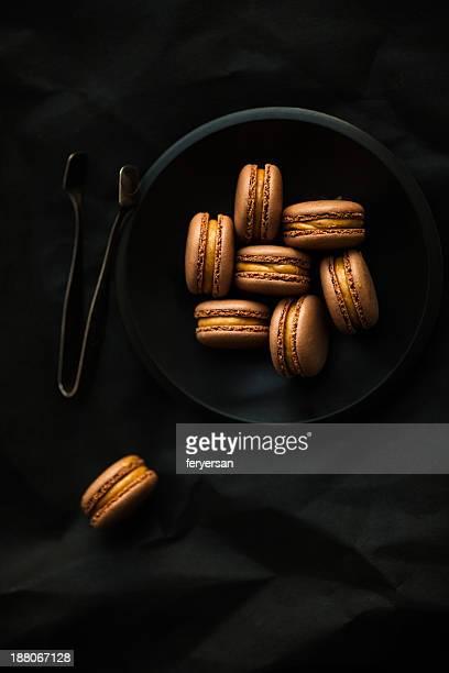 Cocoa hazelnut macarons
