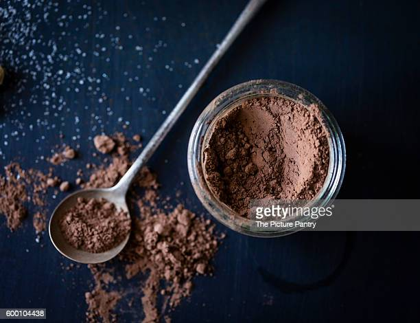 cocoa powder and measuring spoon
