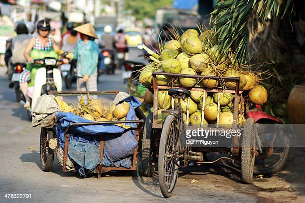 CONTENT] Coconut is transferred from Ben Tre to Ho Chi Minh City by boat along the Saigon river They drop the coconut at the the retailer's shop...