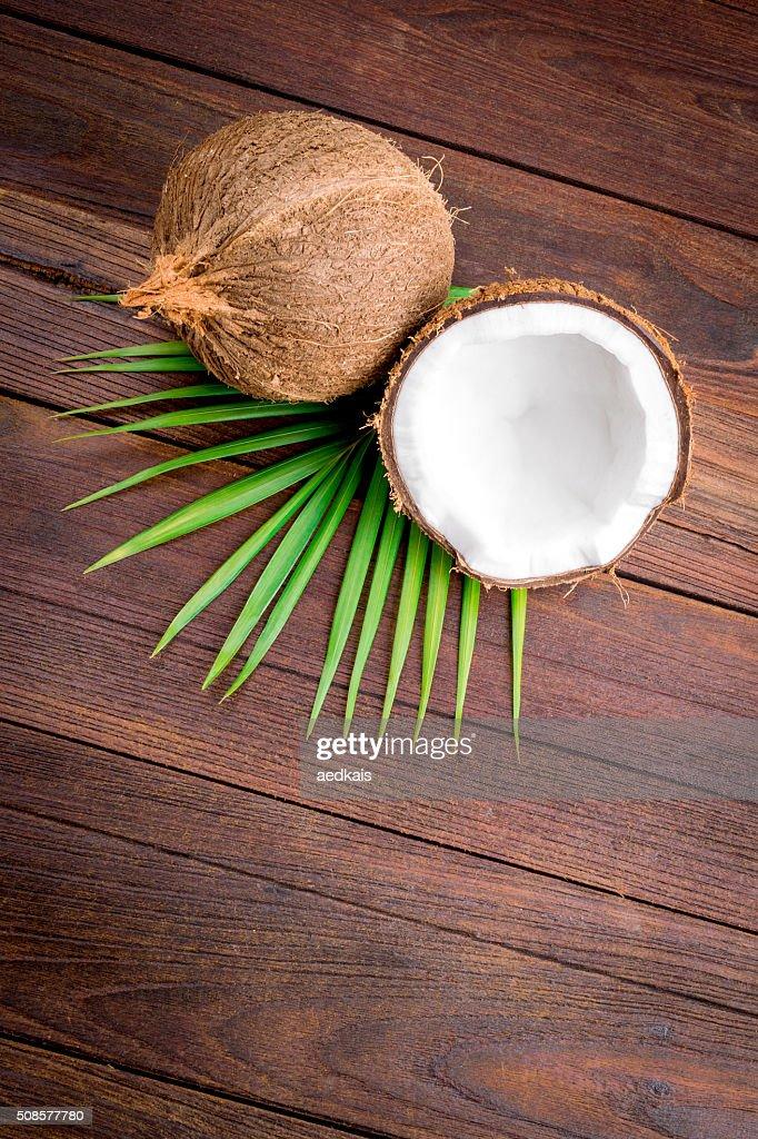 Coconut : Bildbanksbilder