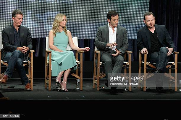 Cocreator/Executive producer Tim Kring actors Anne Heche Jason Isaacs and Cocreator/Executive producer Gideon Raff speak onstage at the 'Dig' panel...