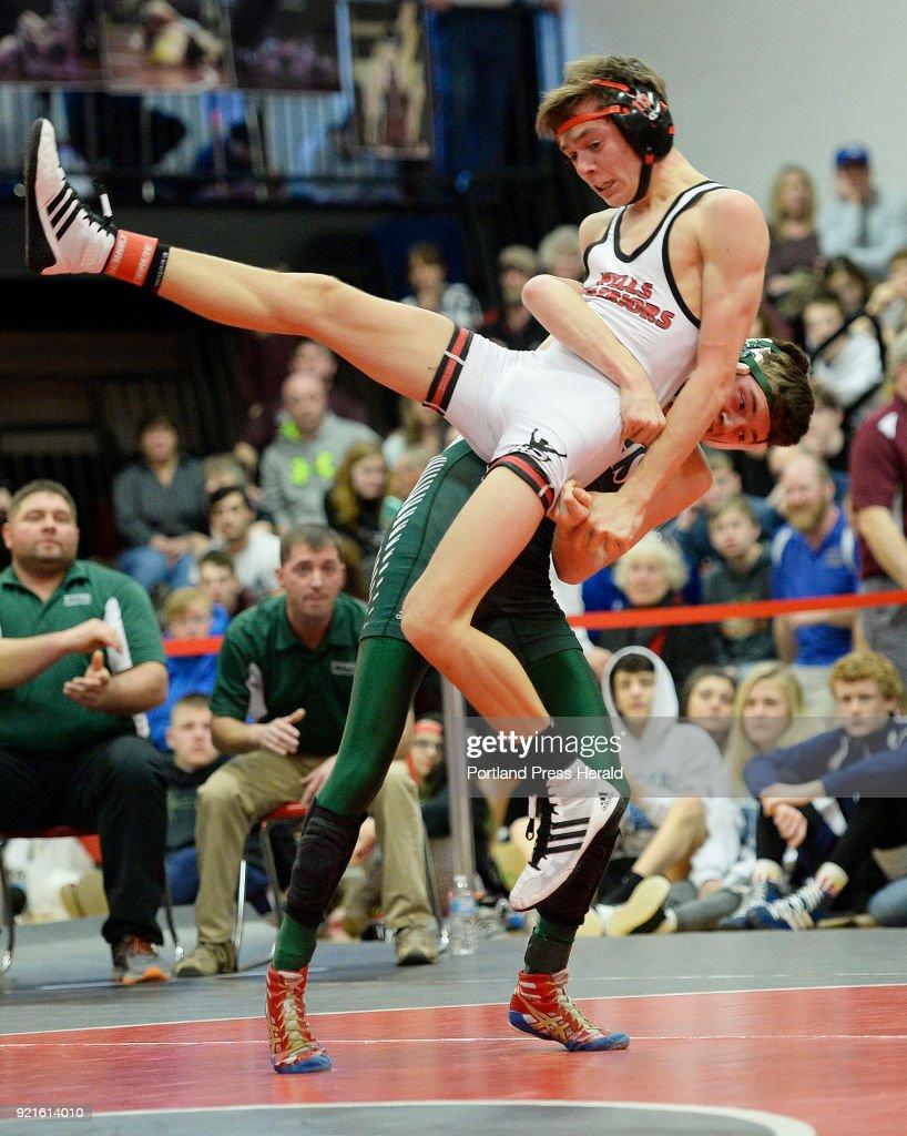 Class B state wrestling championship : Foto di attualità