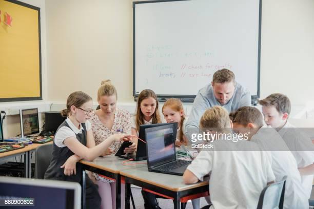 HTML Coding Lesson In School