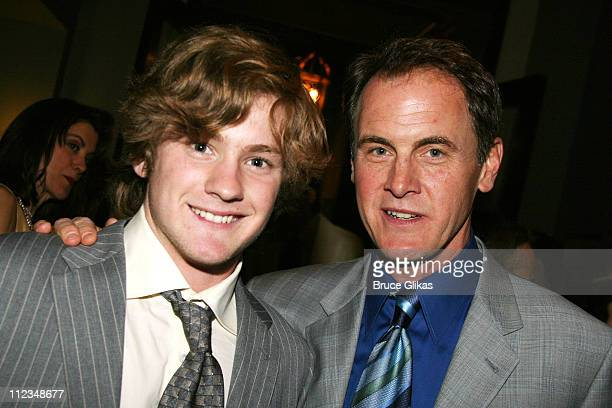 Cody Kasch and Mark Moses father and son on 'Desperate Housewives'