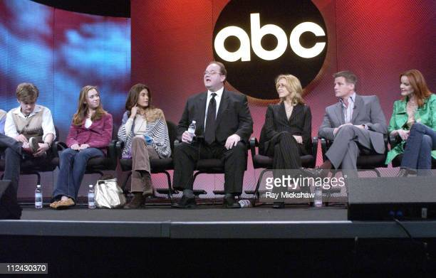 Cody Kasch Andrea Bowen Teri Hatcher Marc Cherry creator/executive producer Felicity Huffman Doug Savant and Marcia Cross