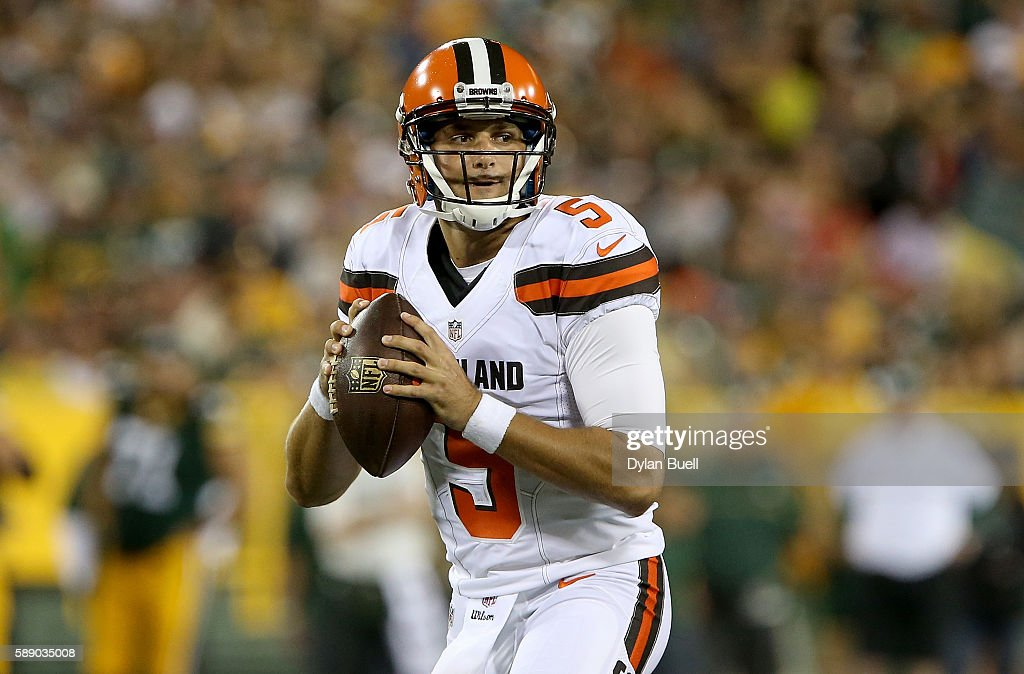 Cleveland Browns v Green Bay Packers