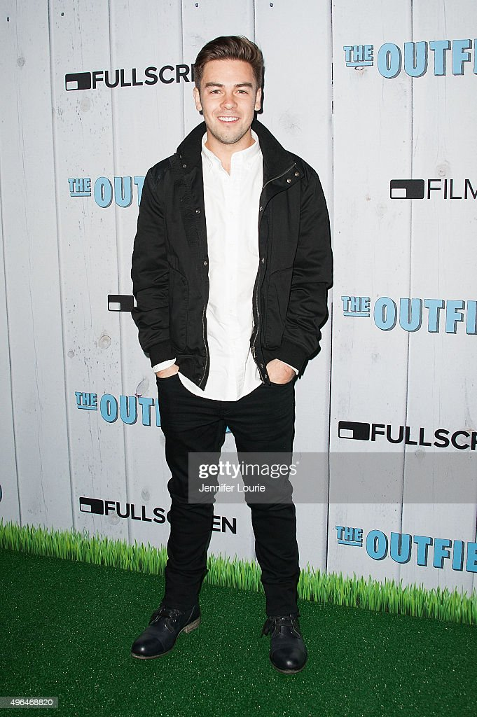 Cody Ko arrives at the Fullscreen Films presents the premiere of 'The Outfield' at AMC CityWalk Stadium 19 at Universal Studios Hollywood on November 9, 2015 in Universal City, California.