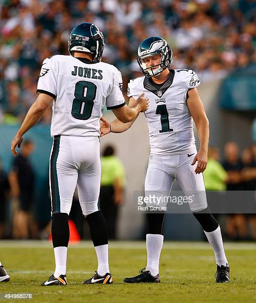 Cody Parkey of the Philadelphia Eagles is congratulated by Donnie Jones after kicking a field goal against the Dallas Cowboys during the second half...