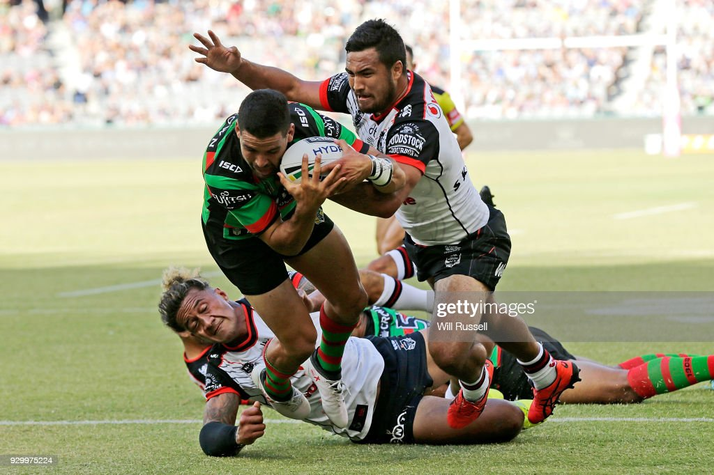 Cody Walker of the Rabbitohs scores a try during the round one NRL match between the South Sydney Rabbitohs and the New Zealand Warriors at Perth Stadium on March 10, 2018 in Perth, Australia.