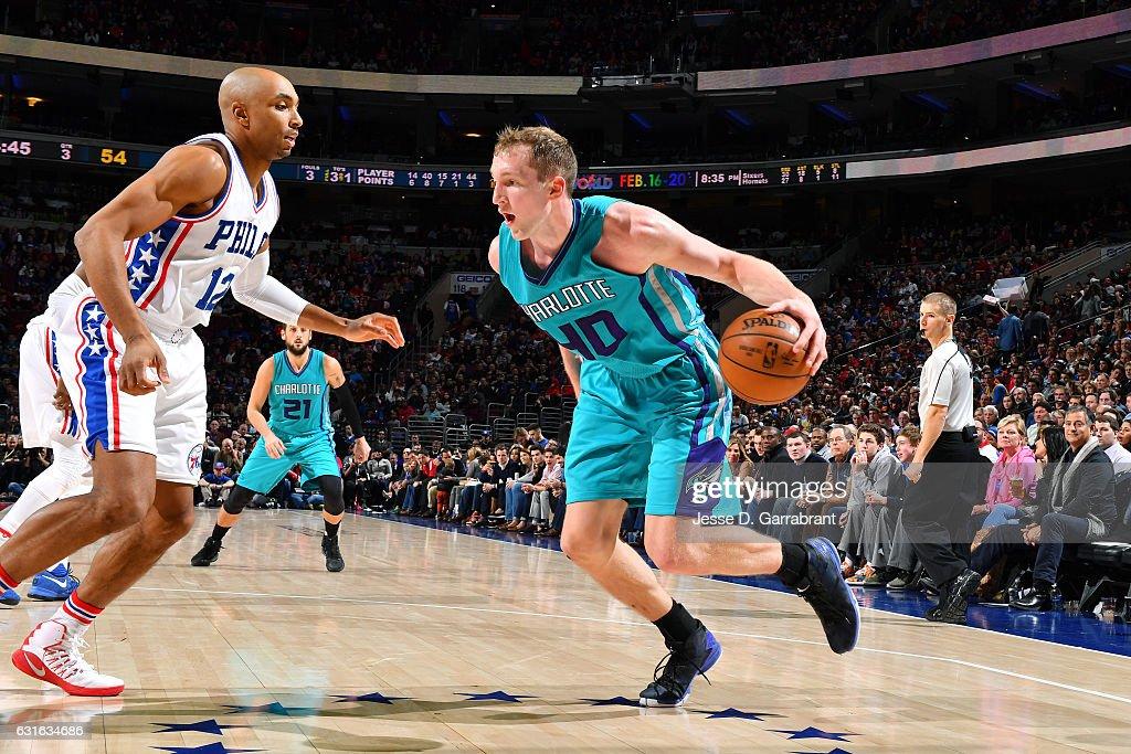 Charlotte Hornets v Philadelphia 76ers : News Photo