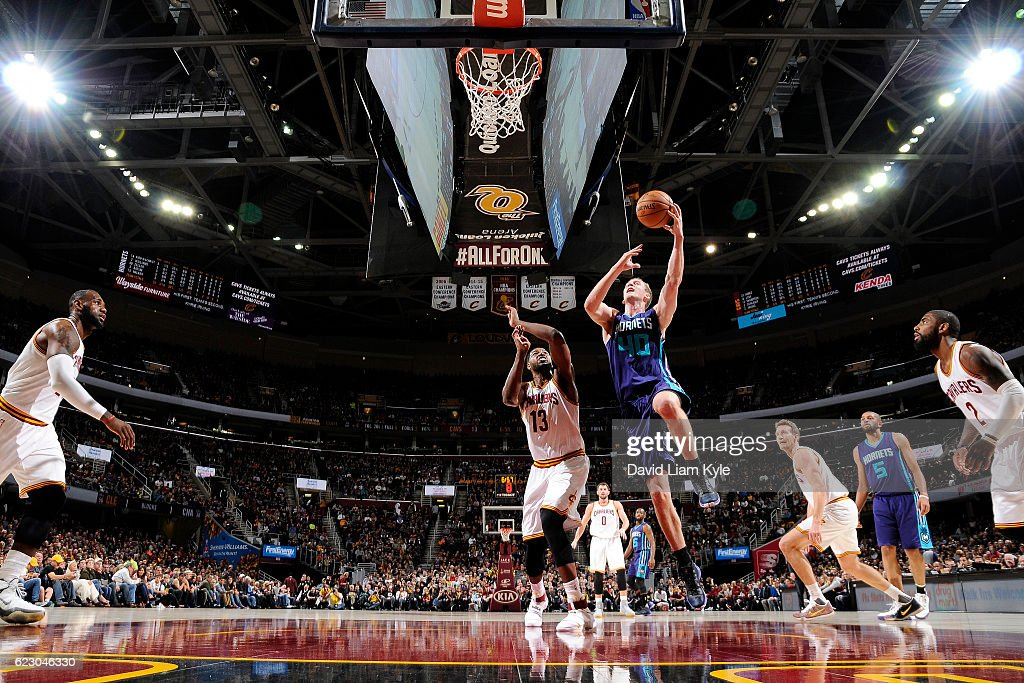 Cody Zeller #40 of the Charlotte Hornets goes for the lay up during the game against the Cleveland Cavaliers on November 13, 2016 at Quicken Loans Arena in Cleveland, Ohio.