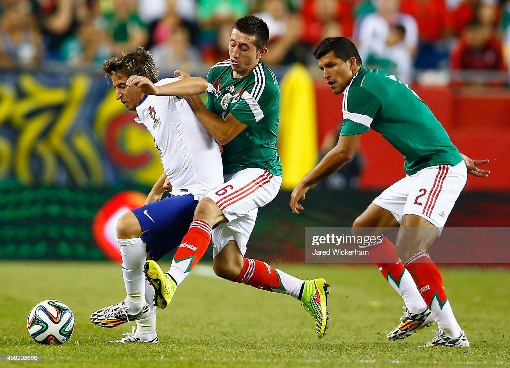 Portugal v Mexico : News Photo