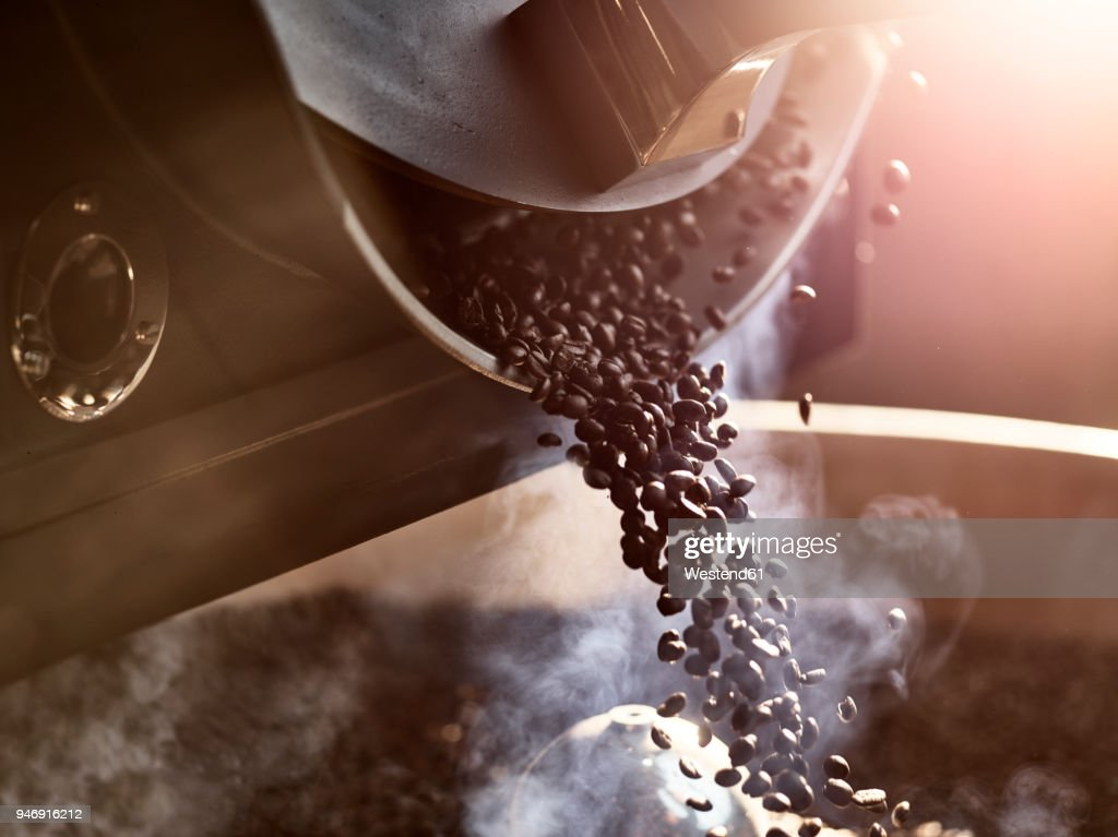 Coffee beans after roasting : ストックフォト
