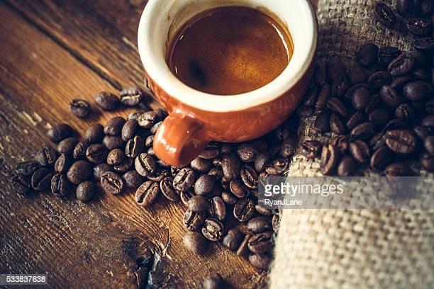 Kaffeebohnen und Espresso-Foto