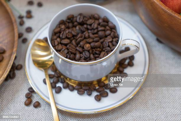 coffee beans - liyao xie photos et images de collection