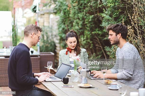 Pause-café à Paris en plein air dans le Colorado-Espace de travail