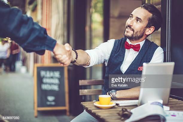 coffee break - strikje stockfoto's en -beelden