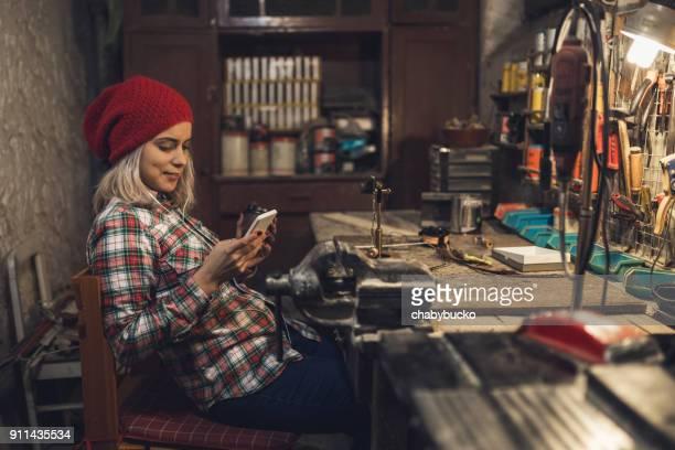 Coffee break with smartphone