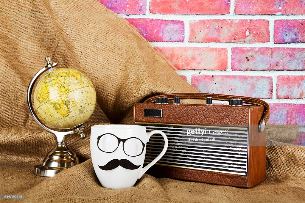 Coffee cup with a black hipster mustache : Stock-Foto