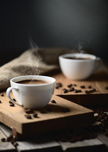 coffee cups and coffee beans 911150012