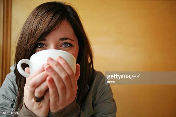 コーヒーの少女