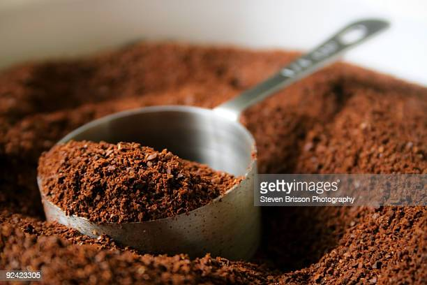 coffee grounds - ground coffee - fotografias e filmes do acervo