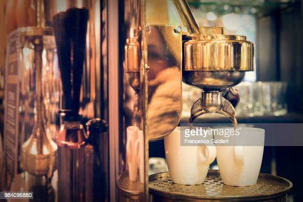 a coffee machine in trieste, italy. - トリエステ ストックフォトと画像