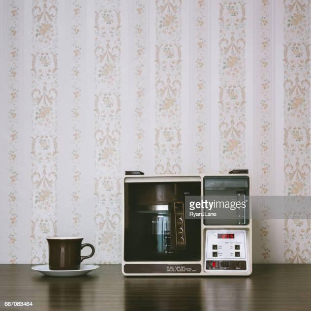 レトロなスタイルのコーヒー メーカー