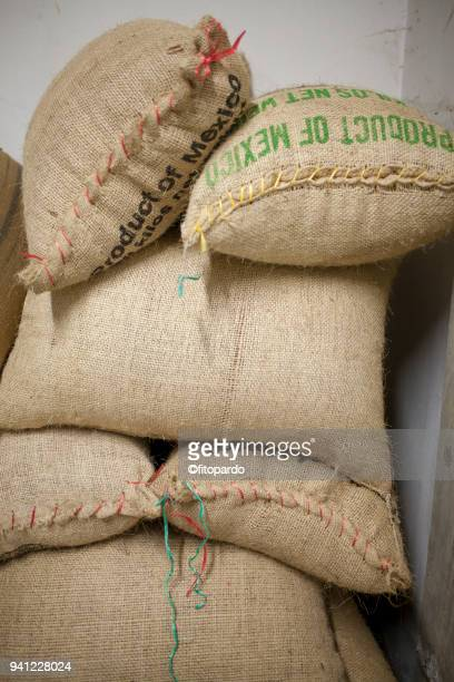 coffee sacs - sac stock pictures, royalty-free photos & images