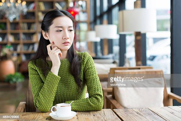 coffee shop girl - beautiful chinese girls stock photos and pictures