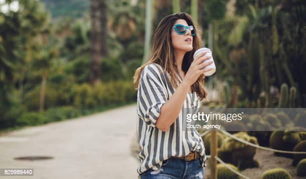 Kaffee in den Park gehen