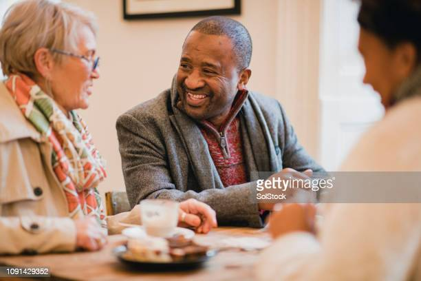 coffee with friends - early retirement stock pictures, royalty-free photos & images