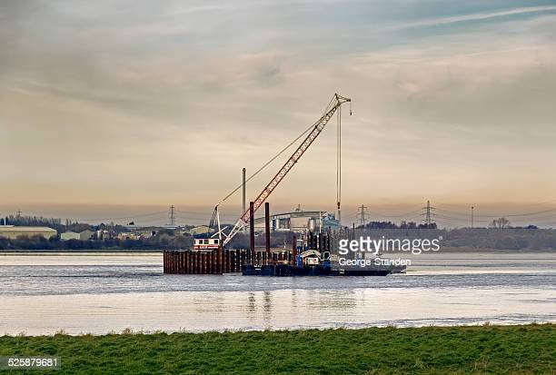 cofferdam in construction - widnes stock pictures, royalty-free photos & images