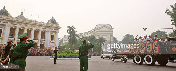 Coffin of great general VO NGUYEN GIAP at history square