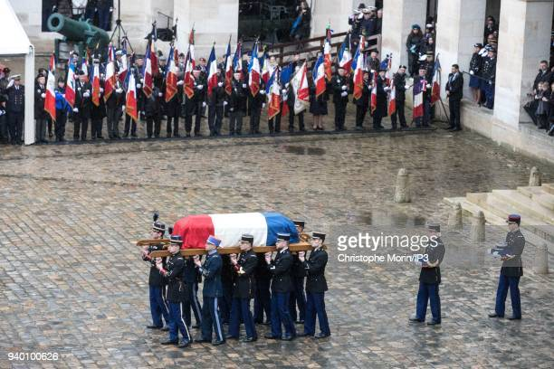 Coffin's arrival at the national tribute to Colonel Arnaud Beltrame at Hotel des Invalides on March 28 2018 in Paris France The French police officer...