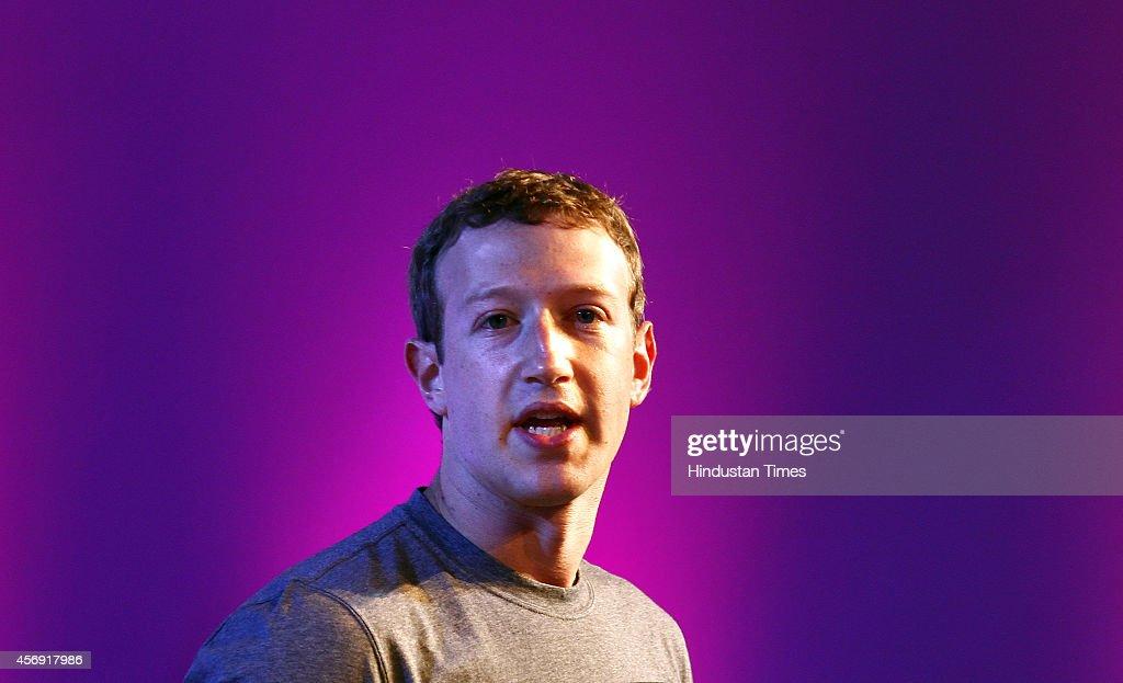 Facebook CEO Mark Zuckerberg At Internet.org Summit In Delhi : News Photo