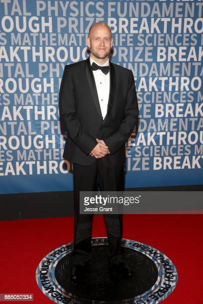 CoFounder/CEO of Spotify Daniel Ek attends the 2018 Breakthrough Prize at NASA Ames Research Center on December 3 2017 in Mountain View California