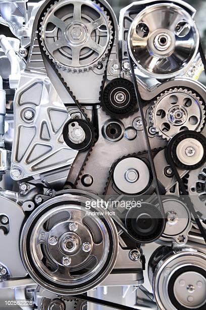 Cogwheels and drive belts of motor car