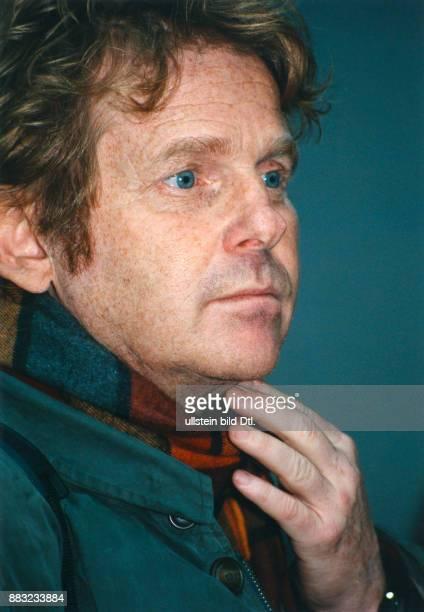 CohnBendit Daniel * Politiker Autor Die Gruenen D/ Frankreich Mitglied des Europaeischen Parlamentes seit 1994 Portrait Dezember 1995