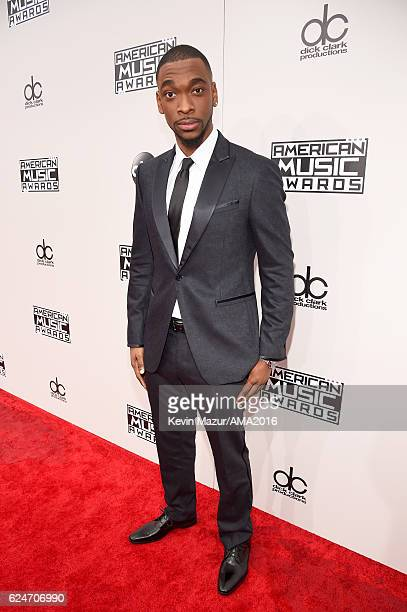 Cohost Jay Pharoah attends the 2016 American Music Awards at Microsoft Theater on November 20 2016 in Los Angeles California