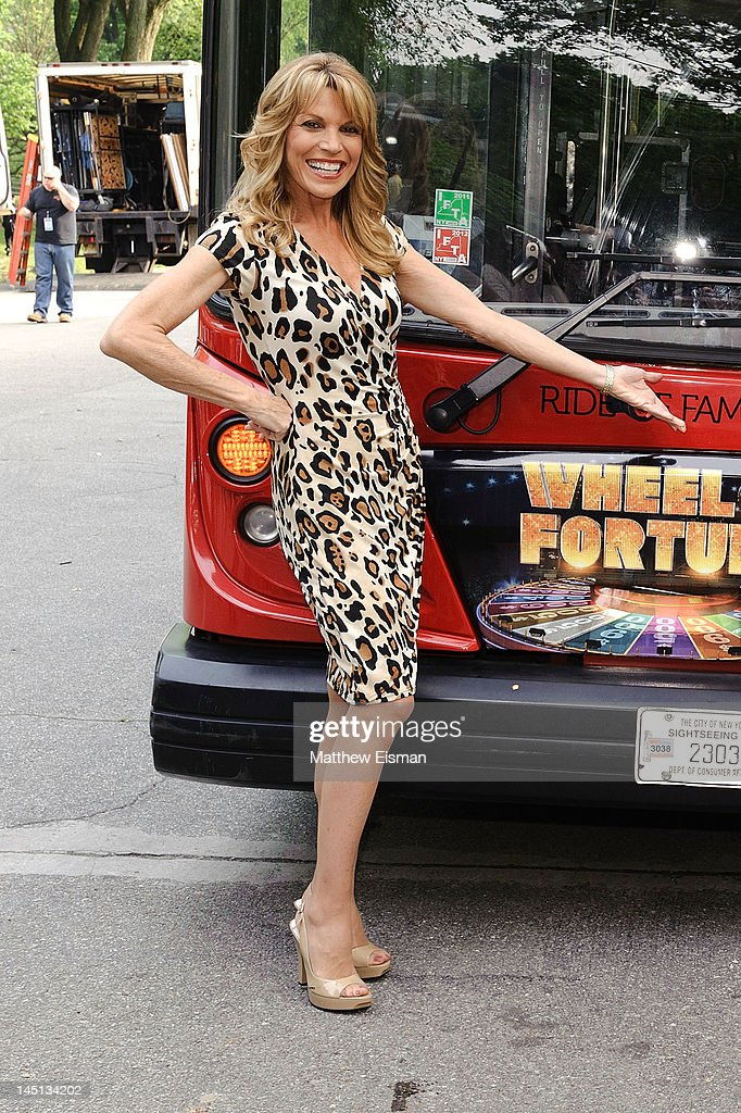 'Wheel Of Fortune' Honored By Gray Line New York's Ride Of Fame Campaign : News Photo