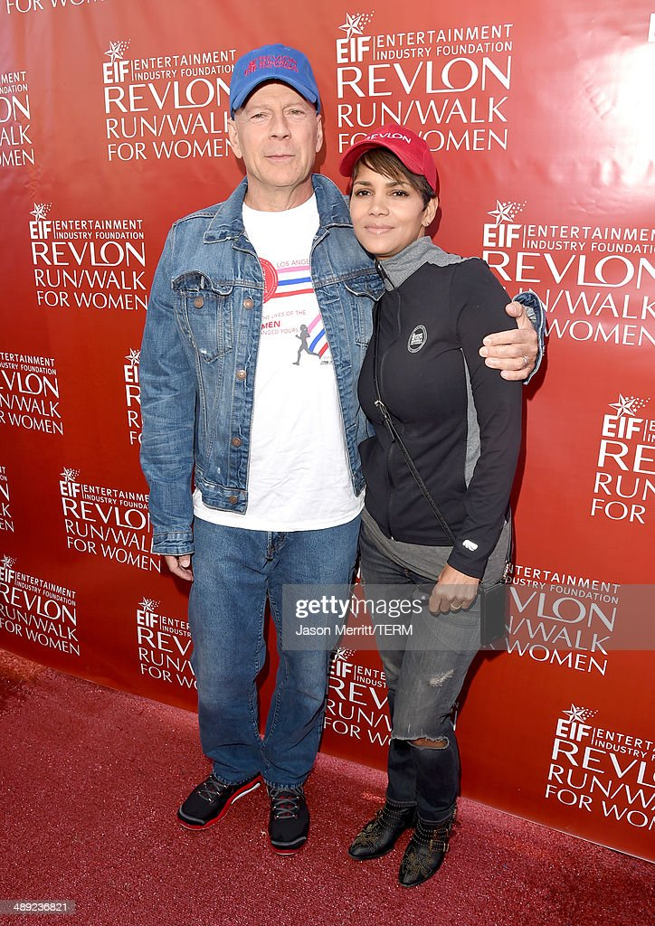 Co-Hosts Bruce Willis (L) and Halle Berry attend the 21st Annual EIF Revlon Run Walk For Women on May 10, 2014 in Los Angeles, California.